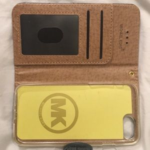 Michael Kors iPhone 6/6s Wallet Case